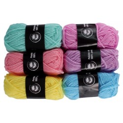 balls of polyester wool - pastel - 6 pieces
