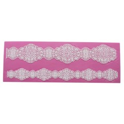 Goa - 3D lace mat - Claire Bowman