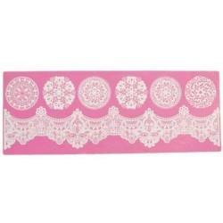 Regal - 3D lace mat - Claire Bowman