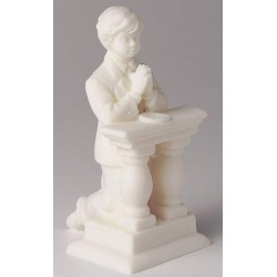 Figurine - kneeling communion boy - 114 mm - Culpitt