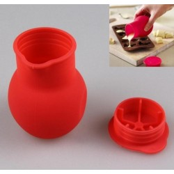 Pot en silicone rouge
